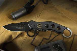 Magnum by Boker US Navy Seal Kerambit