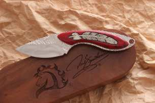Buck Mini Alpha Hunter Custom David Yellowhorse Eagle Feather 0196YISLE-B
