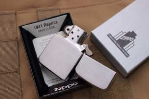 Zippo Zazhigalki  Zippo Replica Brushed Chrome Finish