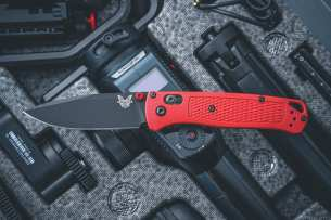 Benchmade Bugout Limited Red